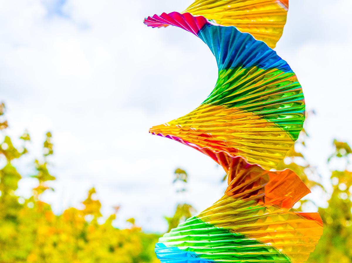 Regenbogen im Wind
